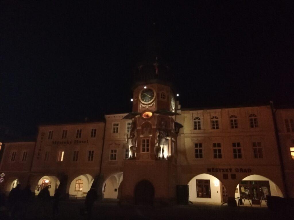 Orloj v Hostinné